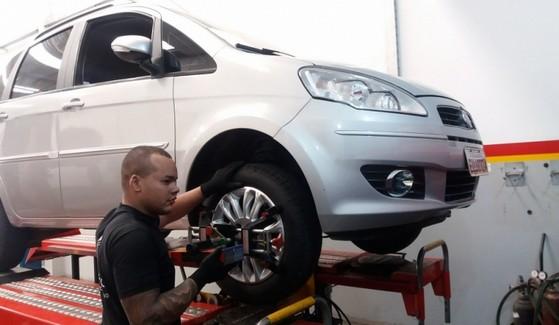 Conserto de Suspensão de Carros Preço Bairro Jardim Esplanada - Conserto de Suspensão para Caminhão