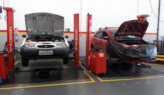Onde Encontro Suspensão Traseira Automotiva Conserto Vila Santa Cruz - Conserto de Suspensão para Caminhão
