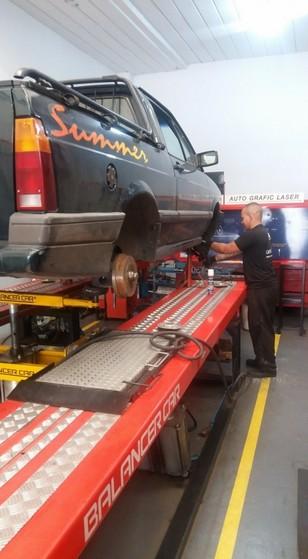 Suspensão Traseira Automotiva Conserto Preço COHAB Guianases - Conserto de Suspensão para Caminhão